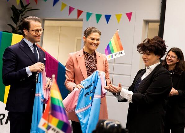 Crown Princess Victoria wore Rodebjer Nera pink blazer, Lexington Janina print blouse. Af Klingberg red suede boots, Camilla Thulin