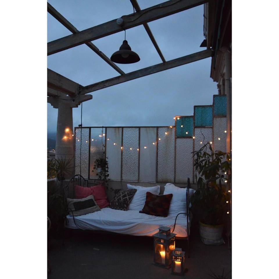 ephemere my home la terrasse est pr te pour l 39 t avec un coin cocooning o bouquiner. Black Bedroom Furniture Sets. Home Design Ideas