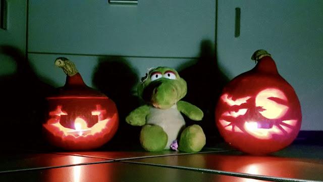 Nici Stofftier auf Halloween Party