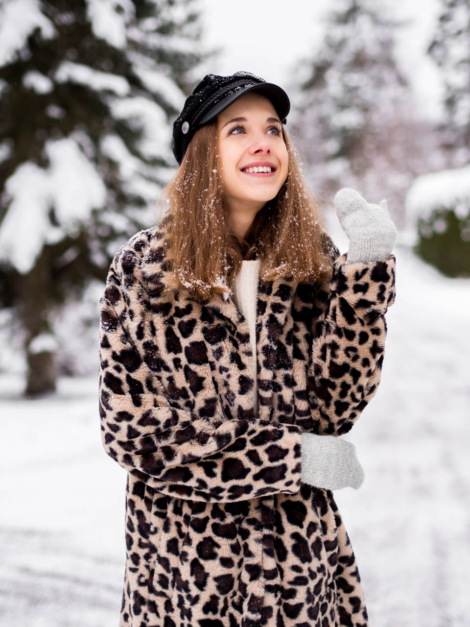 winter-wonderland-snow-leopard-coat