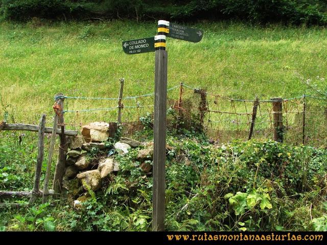 Ruta Bosques de Moal: Señal de bifurcación Monco Montecín