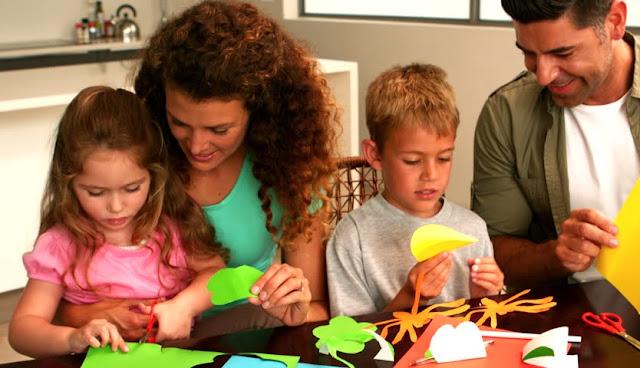 9 hapa prindërore që zhvillojnë rritjen, vetëbesimin dhe lidershipin tek fëmijët