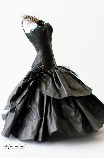 paper-dress-art