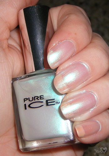 xoxoJen's swatch of Pure Ice Mint Dream