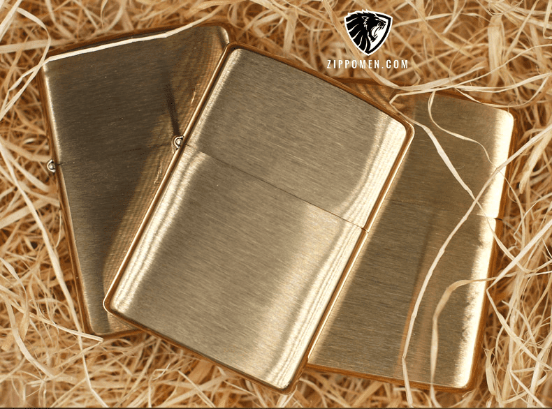 Zippo Vàng Nhám Đồng Nguyên Khối - ZM04
