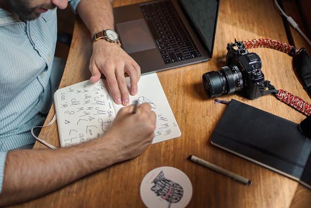 Ayo, Uji Kebolehan dan Keberuntungan Anda di Kontes Desain Logo!