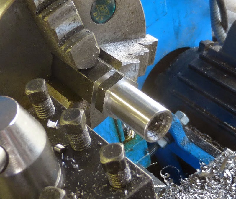 turning bushing shaft bits