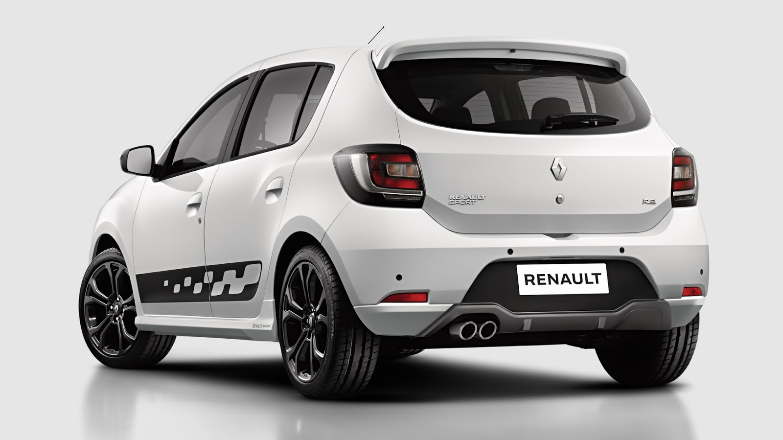 lanzamiento renault sandero r s 2 0 autoblog uruguay. Black Bedroom Furniture Sets. Home Design Ideas