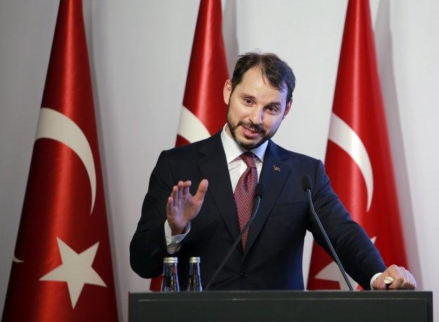 Αλμπαϊράκ: Εργαλείο πολιτικής τιμωρίας το δολάριο