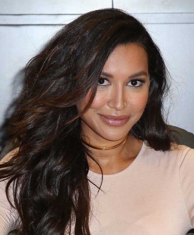 Naya Rivera hot photo shoot on the occason of Signing for ...