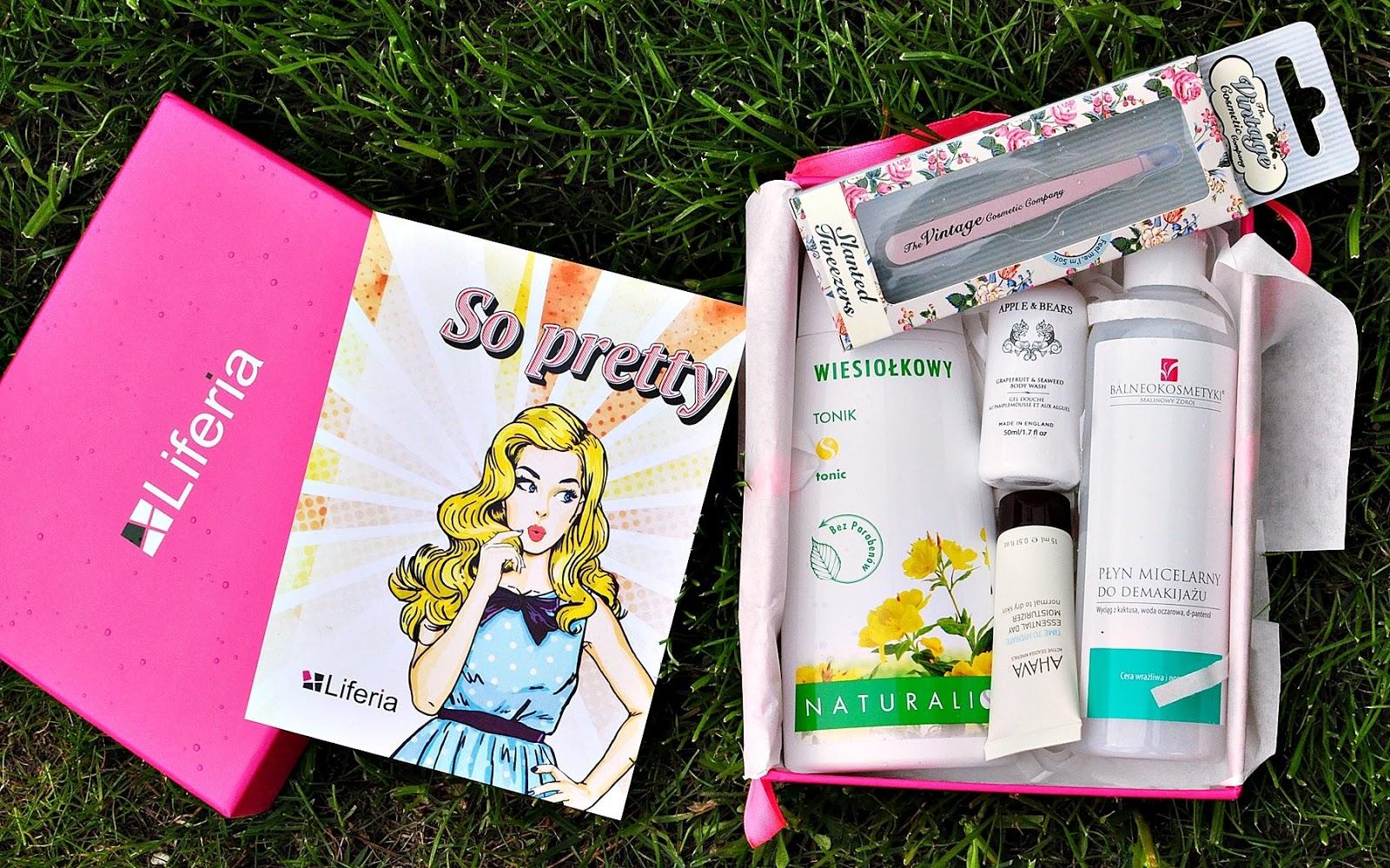 kosmetyki-na-prezent-w-pudełku