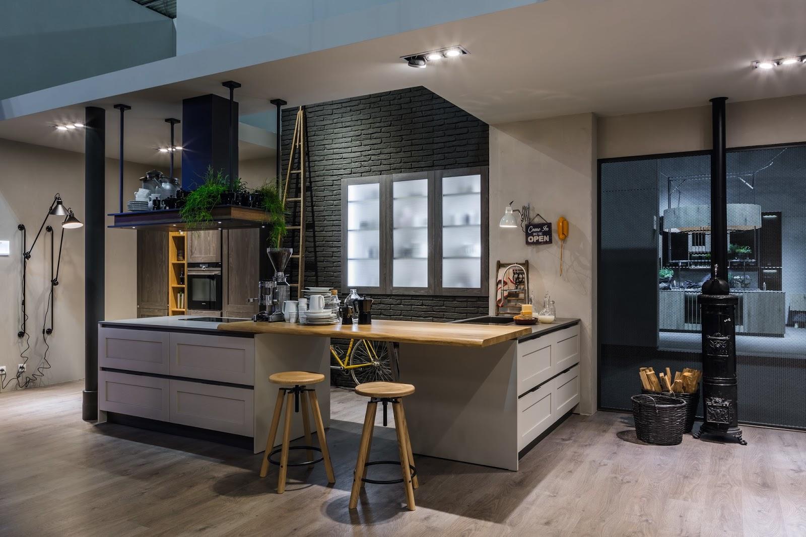 Consigli per la casa e l 39 arredamento cucine colorate - Cucine stosa con isola ...