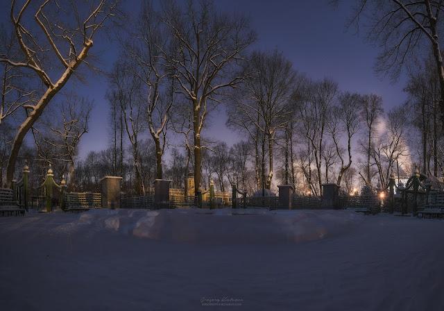 Панорама. Летний сад ночью