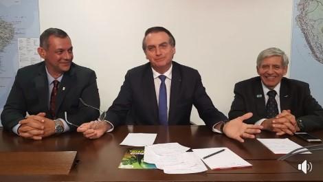 Bolsonaro faz live e anuncia o fim das lombadas multadoras. Assista ao vídeo