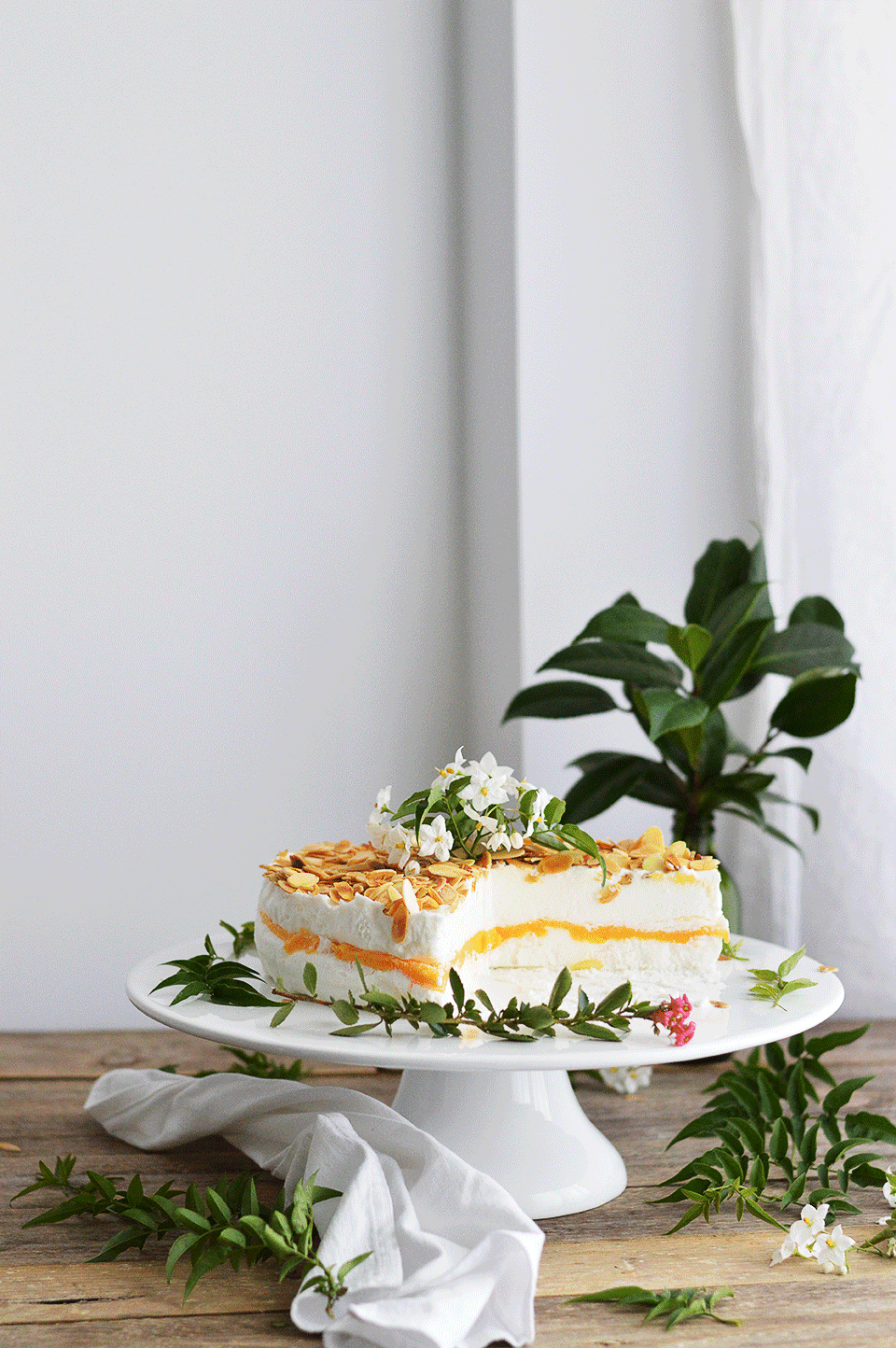 Childhood Ice Cream Cake | https://oandrajos.blogspot.co.uk