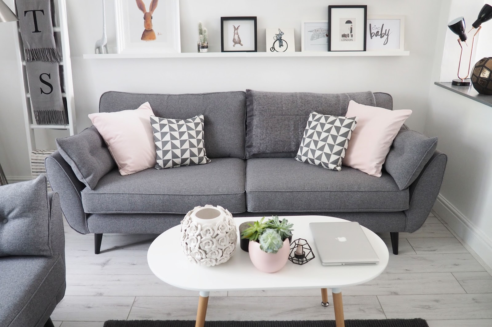 Vine Dfs Sofa Review Broyhill French Connection Zinc Reviews Www