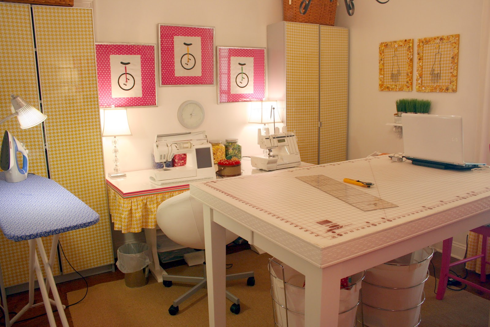 Sewing Room Designs: Iveyc95: My New Sewing Room