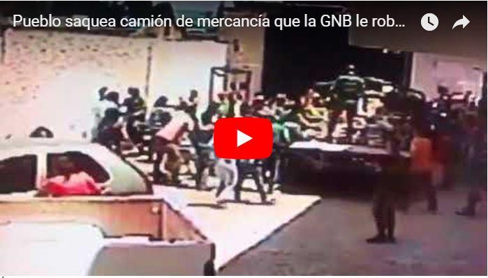Pueblo saquea camión de mercancía que la GNB le robó a un comerciante en Lara