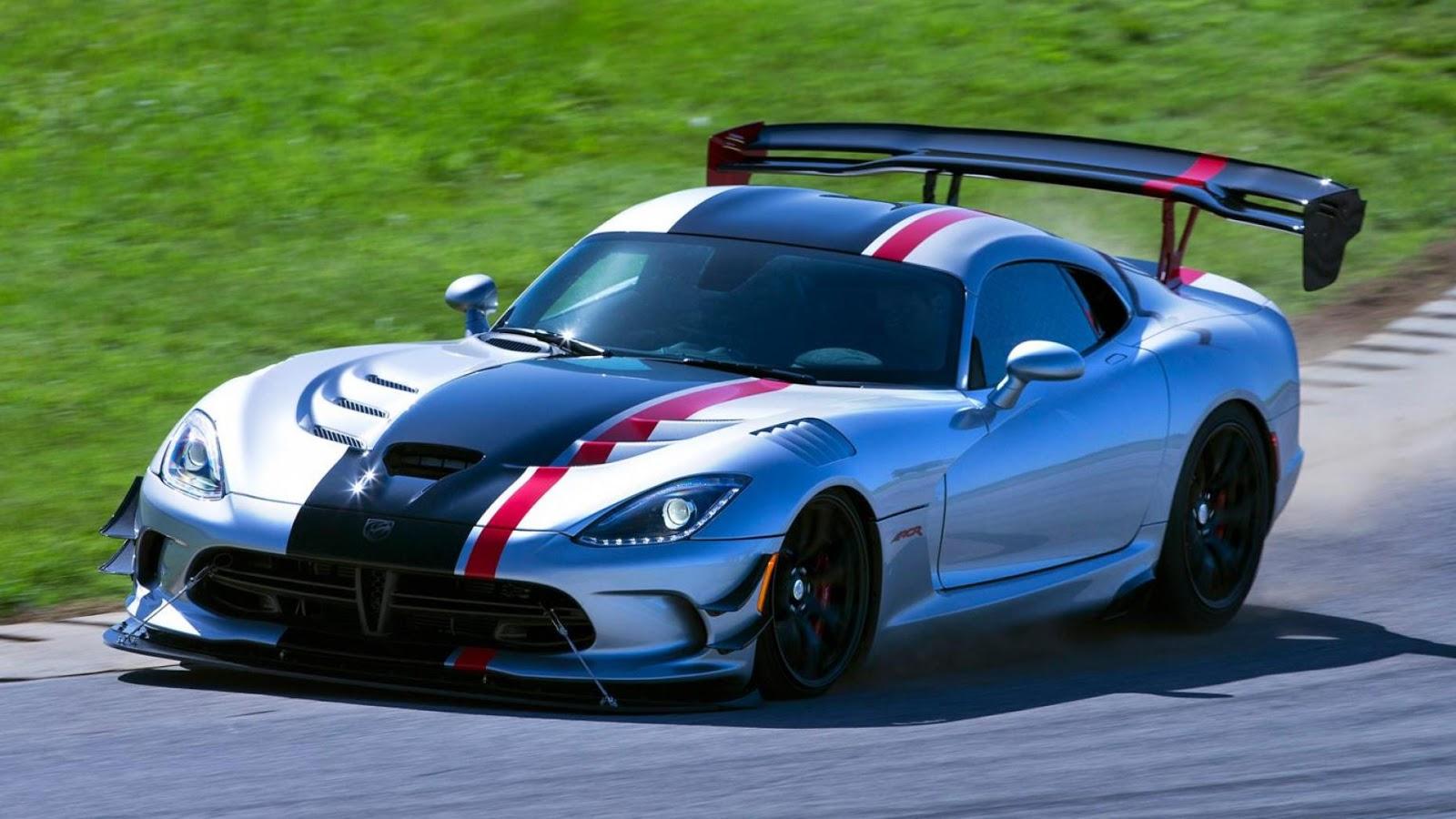Dodge Viper ACR - tăng tốc từ 0 - 96 km/h trong 3.0secs