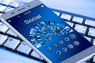 Buzzer di sosial media