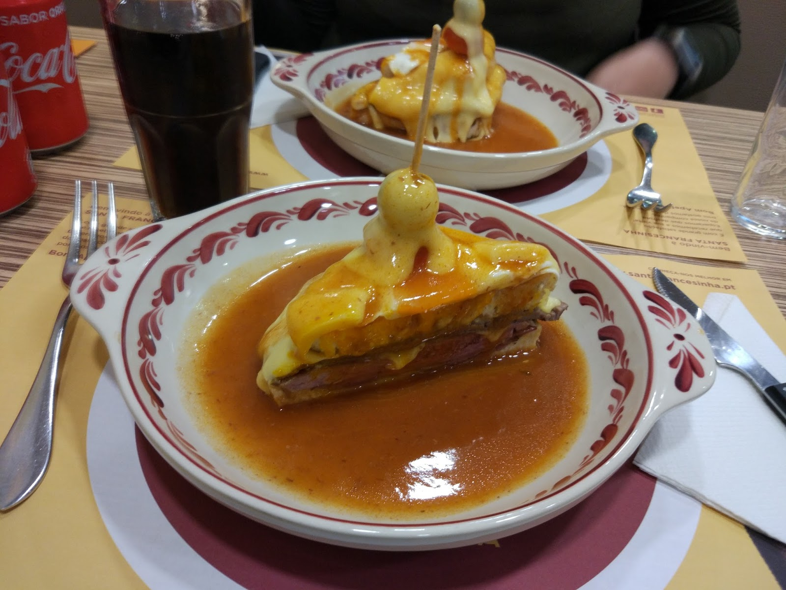 Francesinha_oporto_comida_restaurantes