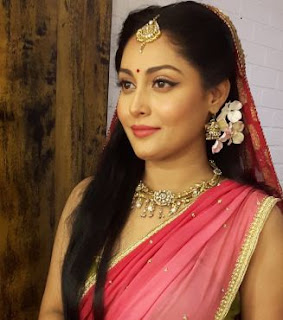 Snigdha Akolkar Family Husband Son Daughter Father Mother Marriage Photos Biography Profile.