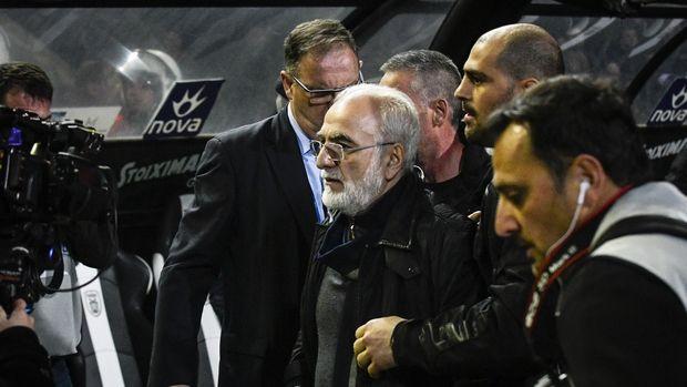 Εισβολή Σαββίδη στο γήπεδο, ζητούσε από τους παίκτες του ΠΑΟΚ να φύγουν