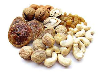 dry-fruits-summer-foods