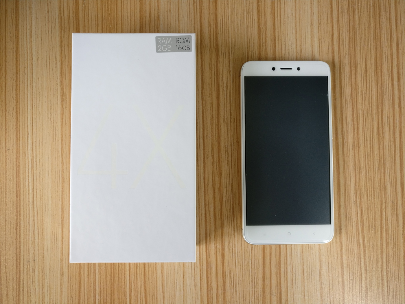 To2ccom Blog Xiaomi Redmi4x Real Life Images Unboxing Pictures Redmi 3s Pro 3 32 Gb Rom Global Gold The Details Of Being Photographed Colorchampagne Ram2gb Rom16gb
