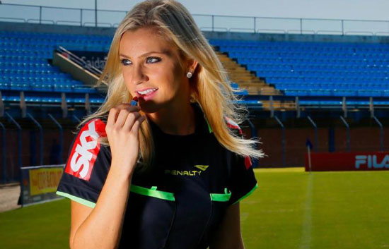 Inilah 5 Wasit Paling Cantik di Dunia Sepak Bola