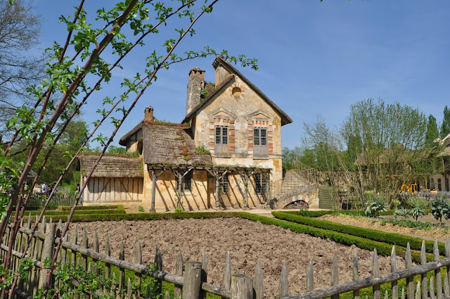 The Queen's Hamlet, Notes from France - In the Footsteps of Marie-Antoinette, photo by modernbricabrac
