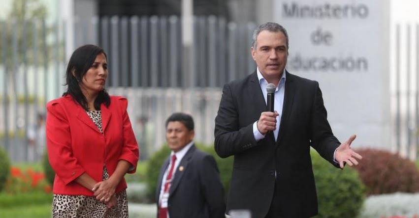 Presidente del Consejo de Ministros agradece a Flor Pablo por su clara y decidida defensa de la educación