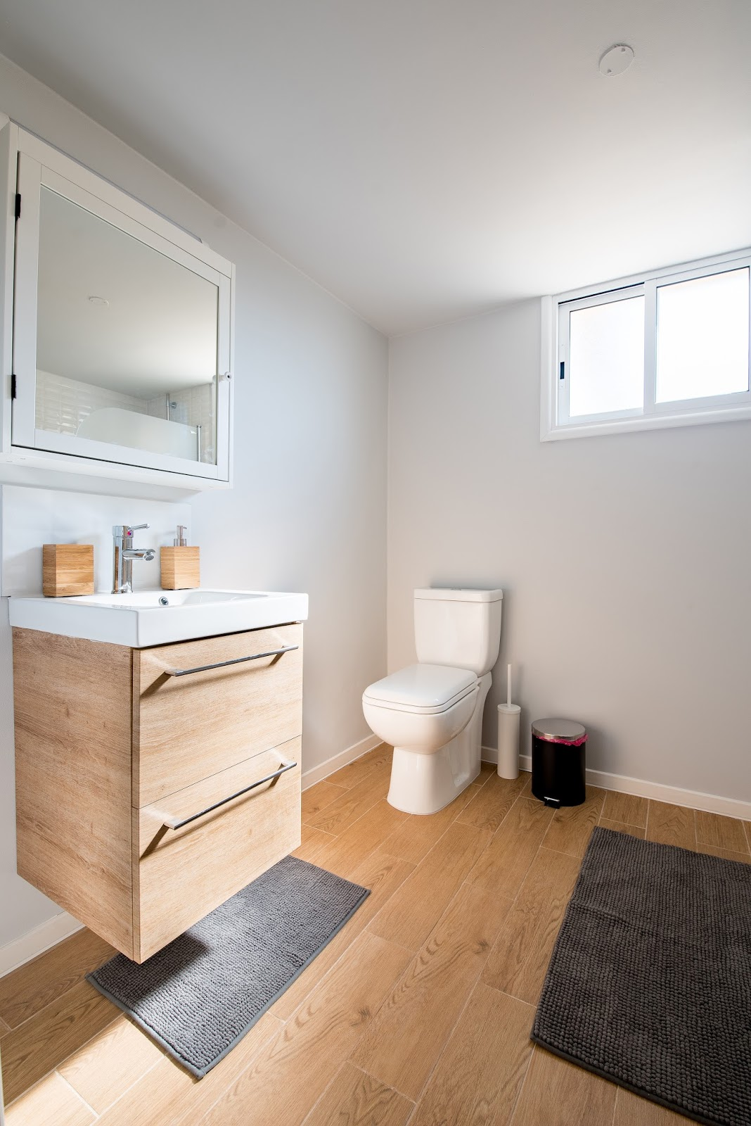 Bathroom Vanities blog: 6 Vanities to Make Your Half Bathroom Feel ...