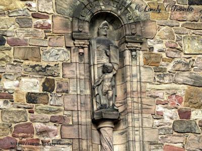 sculpture Edinburgh castle