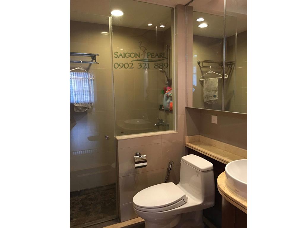 Topaz 2 Saigon Pearl cho thuê căn hộ 86m2 full nội thất tầng thấp giá rẻ - phòng vệ sinh