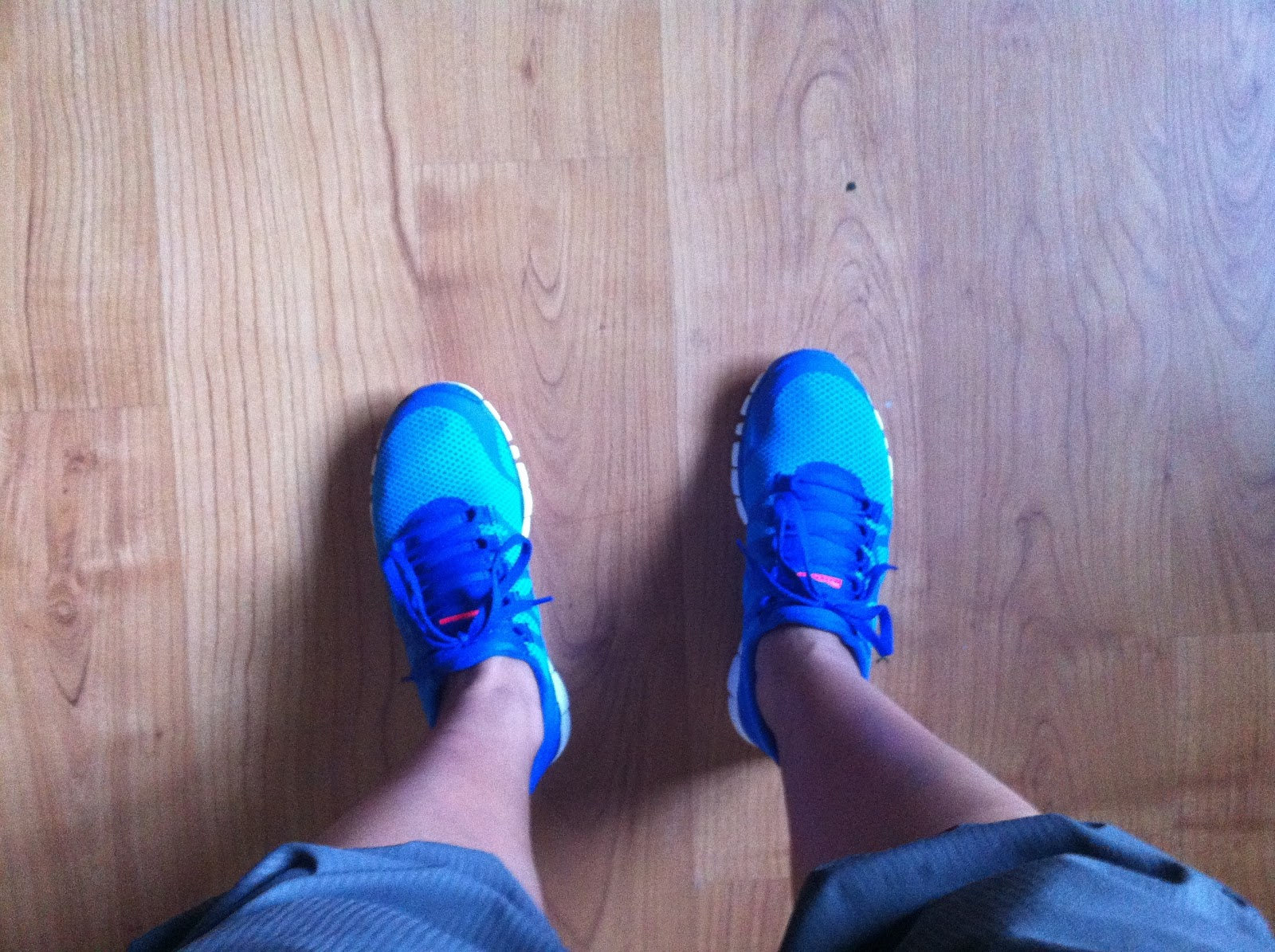 4b46e5d55042cc My Superficial Endeavors  Nike Free 3.0 V3 in Blue Glow!