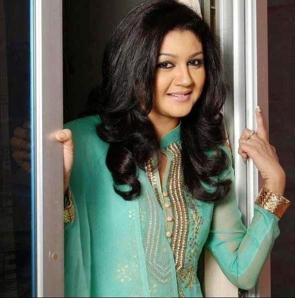 New Model: Bangladeshi Popular Actress Joya Ahsan
