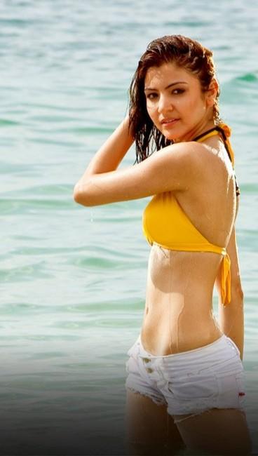 Bollywood Hot Actress In Bikini Bollywood Actress in Bikini Pics 32