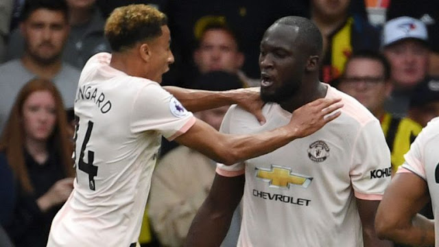 Jesse Lingard and Romelu Lukaku celebrate United Goal