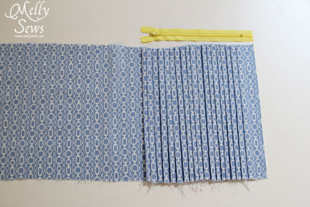 Step 1 - Make an easy pleated zip pouch - DIY sewing tutorial - Melly Sews