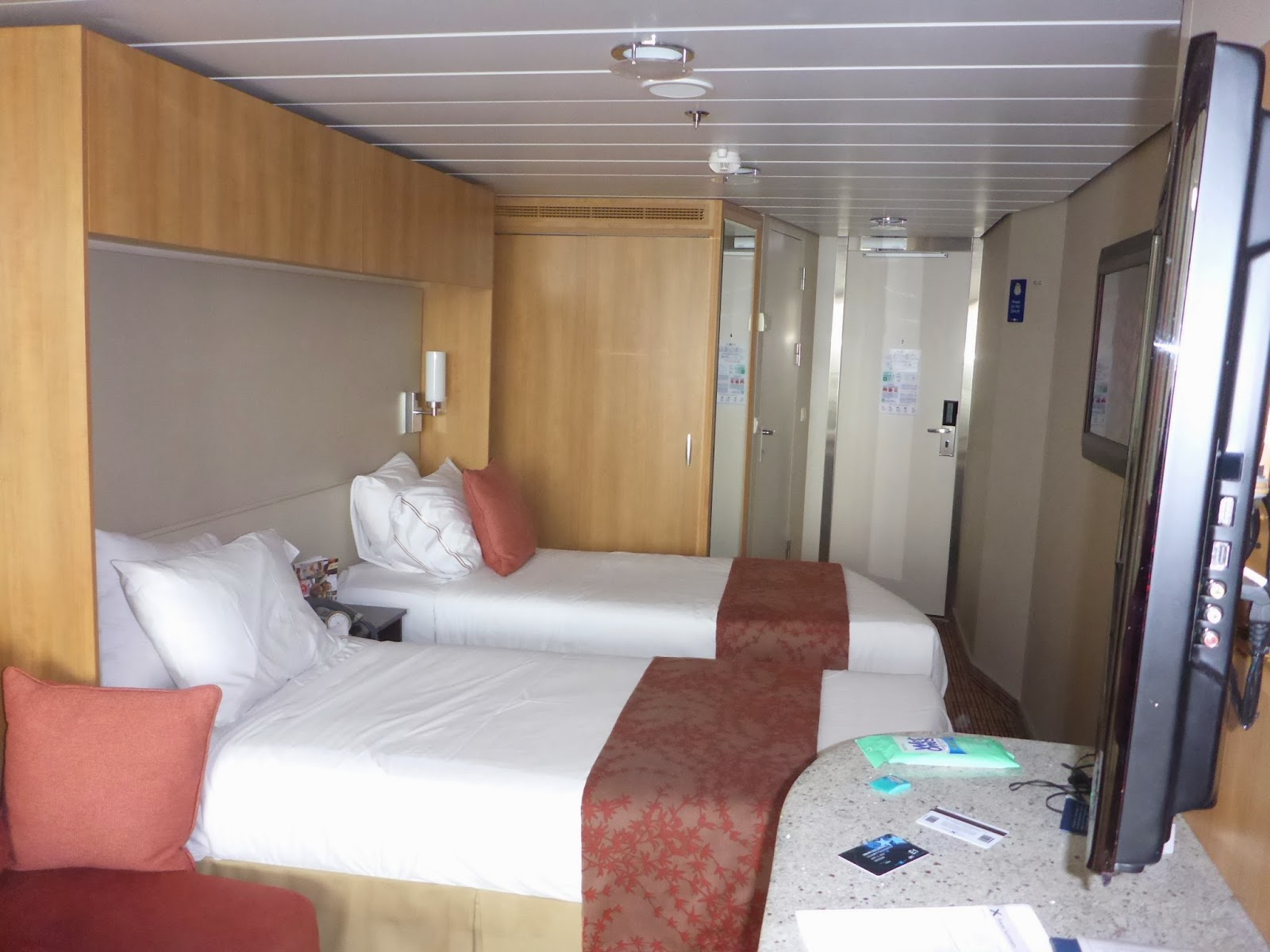 Princess Cruises Sofa Bed Sofas Swansea Goldring Travel 39s Making Waves Candid Cruise And