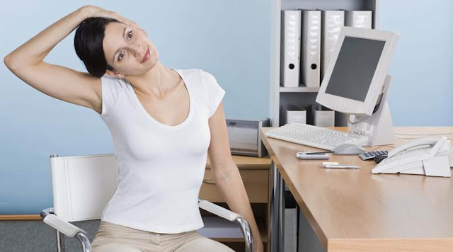 3 Easy Exercises You Can Do At The Office