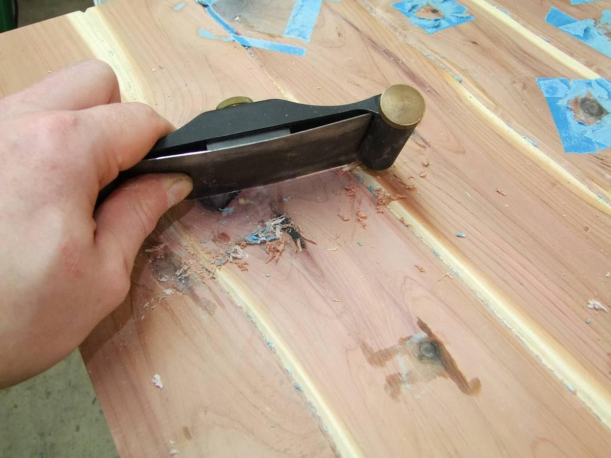epoxidharz tisch schleifen batman epoxy couchtisch gunook. Black Bedroom Furniture Sets. Home Design Ideas