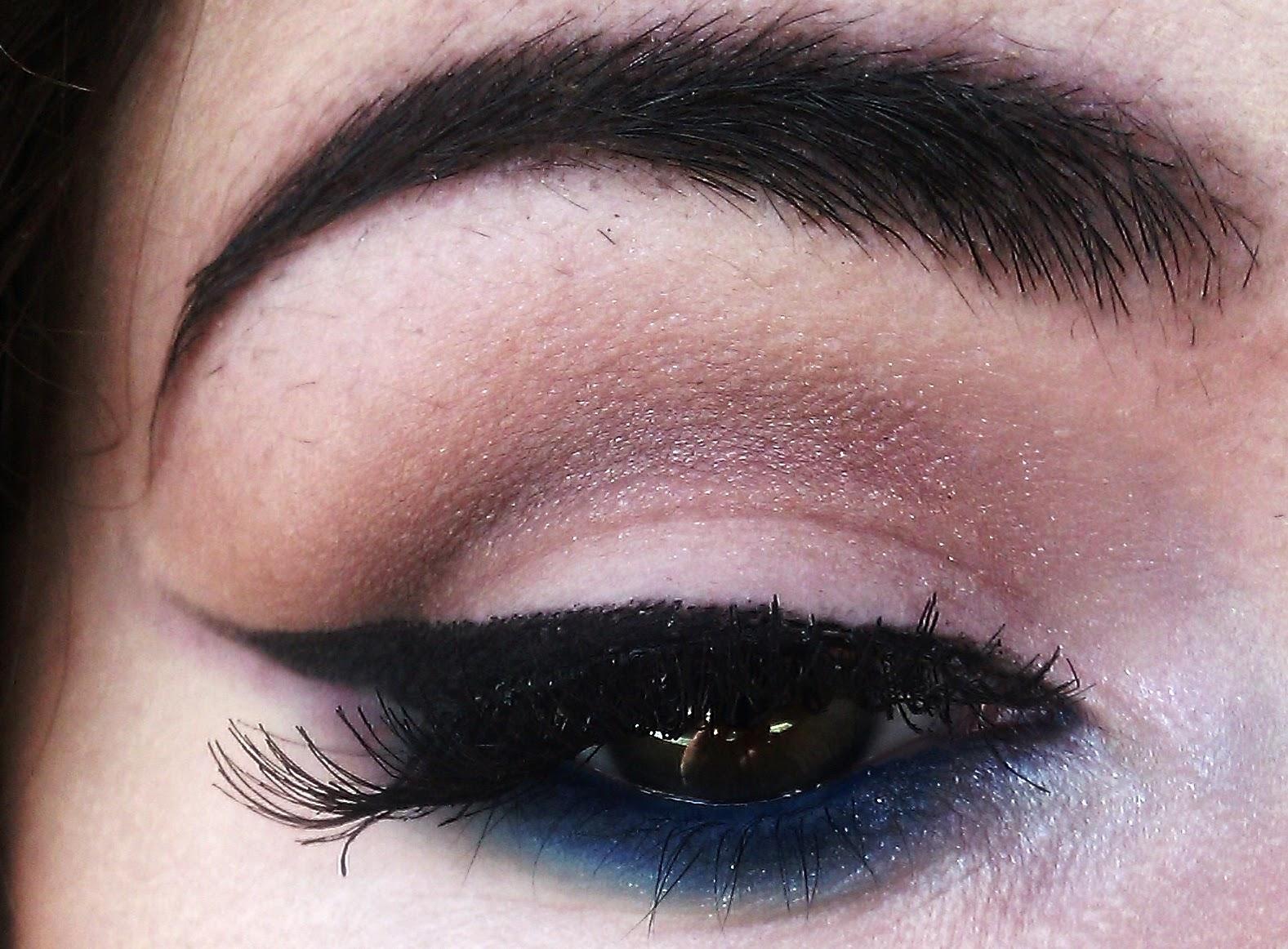 eyeliner and false lashes