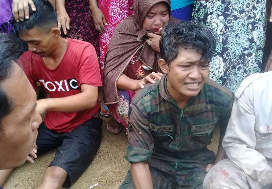 Kapal Tangker Tenggelam Di Perairan Jampea, 20 Abk, Di Evakuasi Ke Puskesmas Ujung