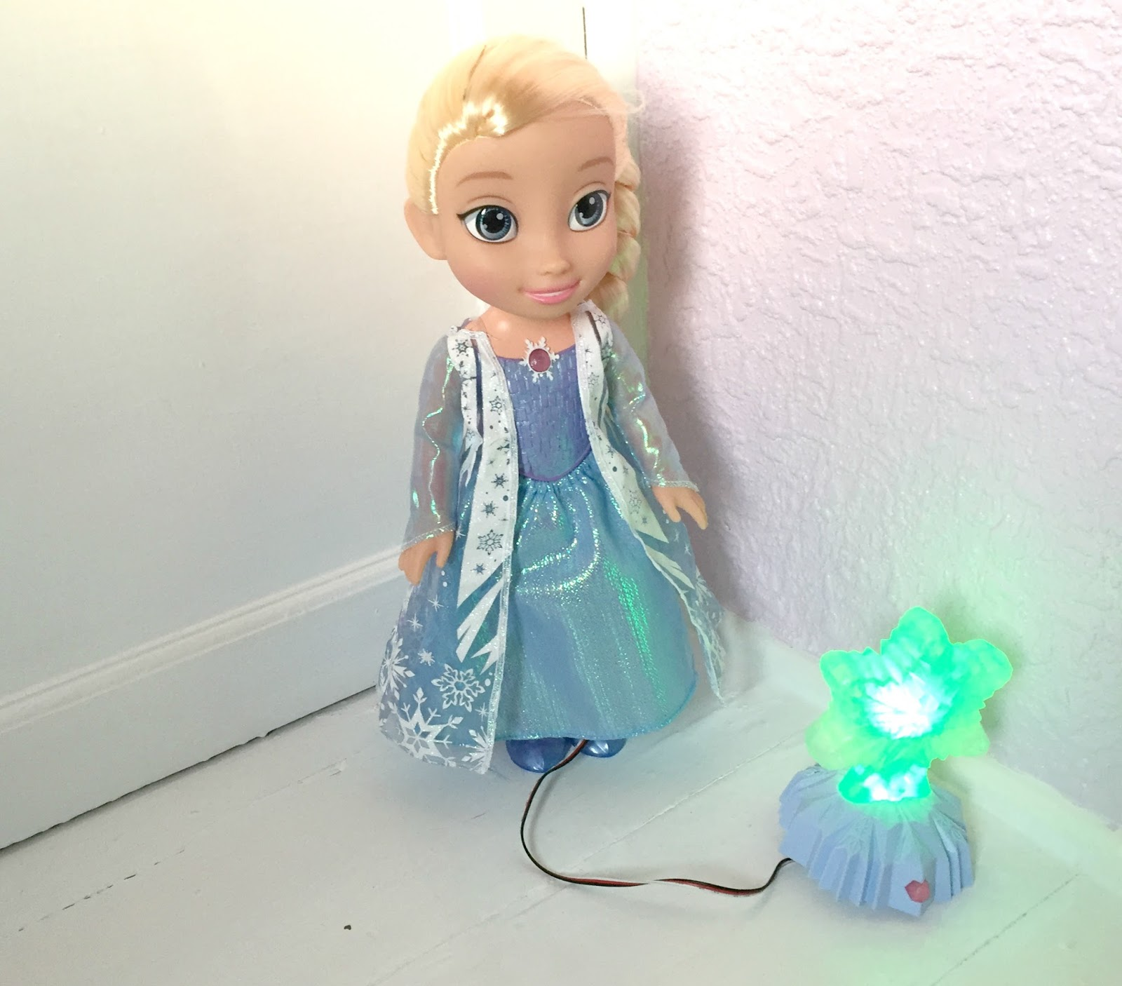 Northern Lights Elsa Manual