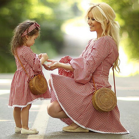https://www.popreal.com/Products/mom-girl-plaid-lace-edge-matching-dress-25091.html?color=red