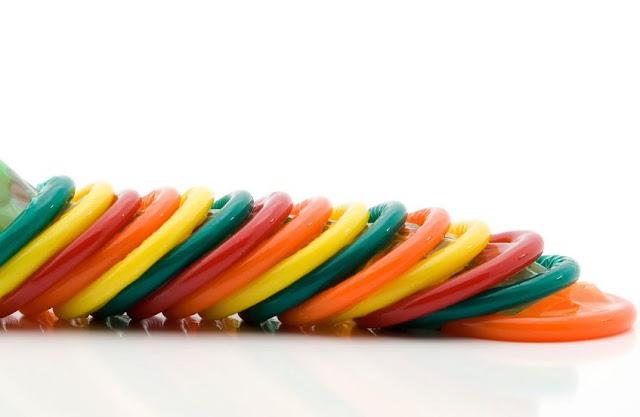 Ilustrasi Foto Alat Kontrasepsi Kondom