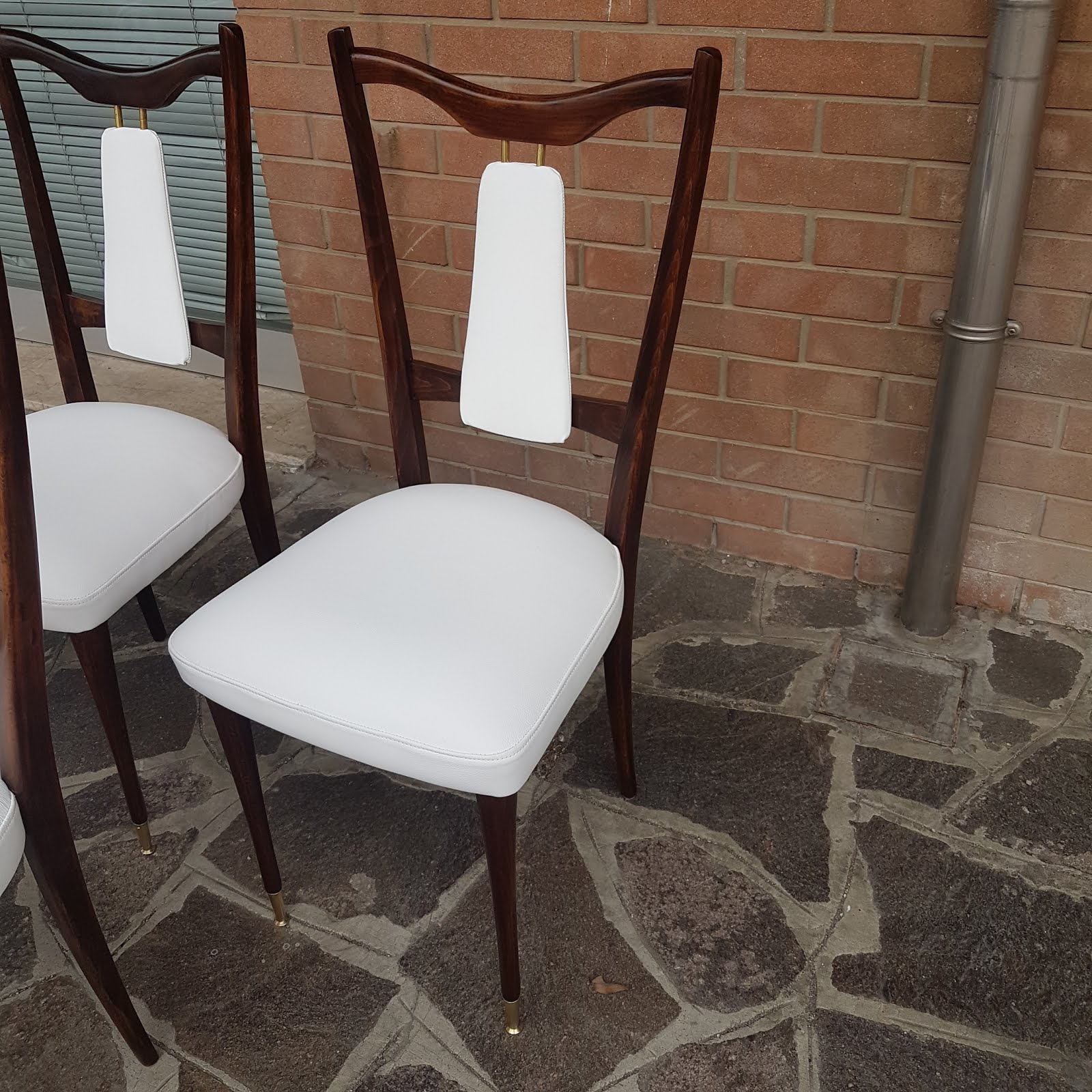 Dining Chairs Italian Design Swing Chair Rental Momentoitalia Furniture Blog Designitalia Welcomes You To A Selection Of Authentic 20th Century Modern And Mid We Pride Ourselves In Outsourcing