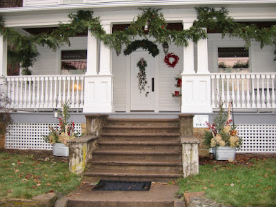 """New England"" architecture with Christmas decorations in Taylors Falls"